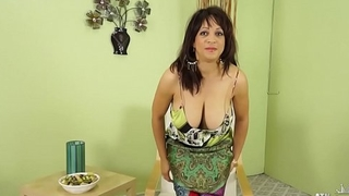 Sex huge,boobs